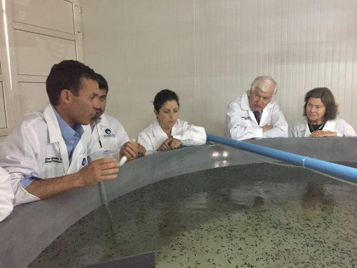 Empresa Acuinor muestra sus instalaciones a las autoridades y su nuevo proyecto