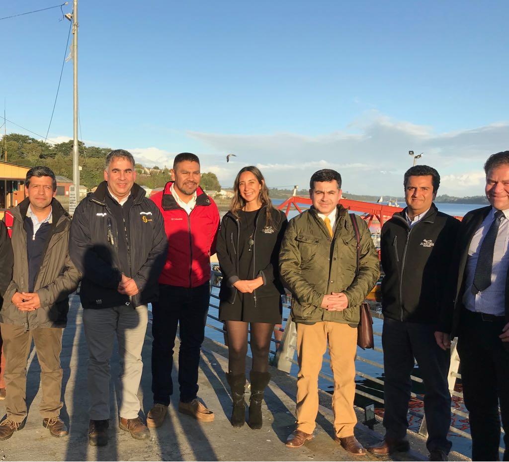 Destacan visita de subsecretario Eduardo Riquelme a emprendimiento de la pesca artesanal en Calbuco