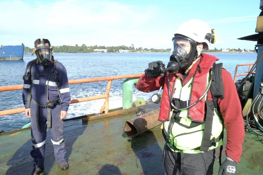 Fiordo Austral realiza completo simulacro de emergencia en Calbuco