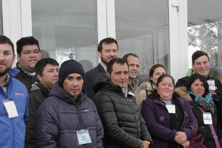 SalmonChile organizó visita a planta de proceso de mitilidos junto a pesca artesanal y Sercotec