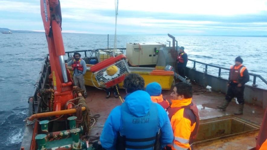 Armada encuentra barcaza desaparecida en Magallanes a unos 100 metros de profundidad